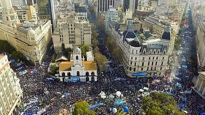 A CGT, maior central do país, discutirá sobre uma greve geral a partir de 25 de setembro.