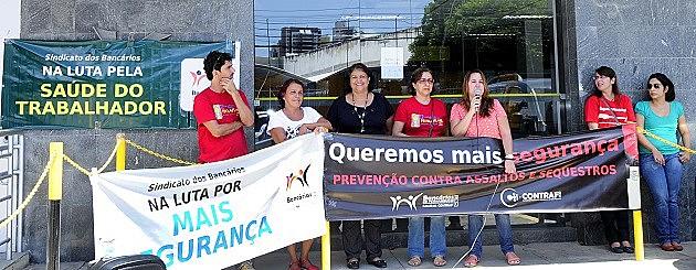 Protesto contra a insegurança nas agências realizado em Recife