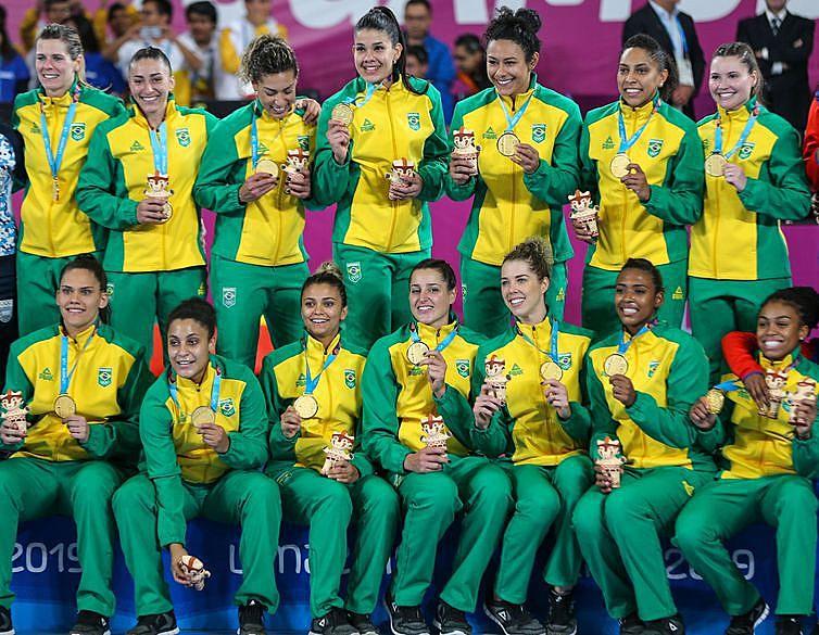 486 atletas conquistaram 171 medalhas, sendo 55 de ouro