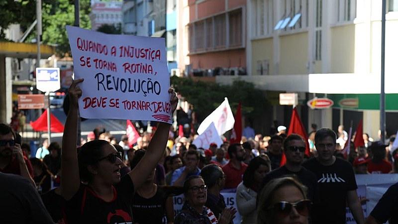 Mobilizações são para denunciar os cortes de direitos promovidos pelas reformas trabalhista e previdenciária.