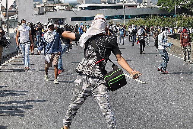 Es recurrente la violencia en protestas convocadas por la oposición venezolana