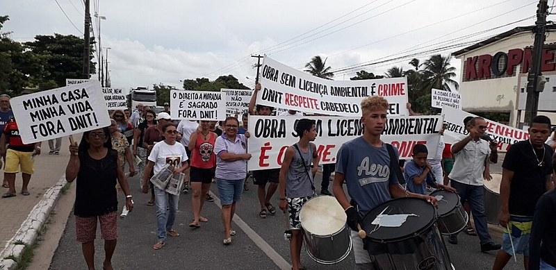 Protesto realizado neste dia 28 de fevereiro em Cabedelo.