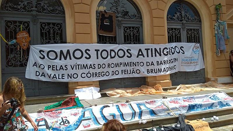 Protesto neste domingo em Belo Horizonte (MG) marcou o aniversário de um mês da tragédia de Brumadinho.
