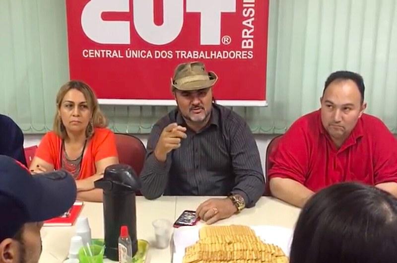 Marconi França em vídeo gravado ao lado de lideranças sindicais, na CUT-RJ