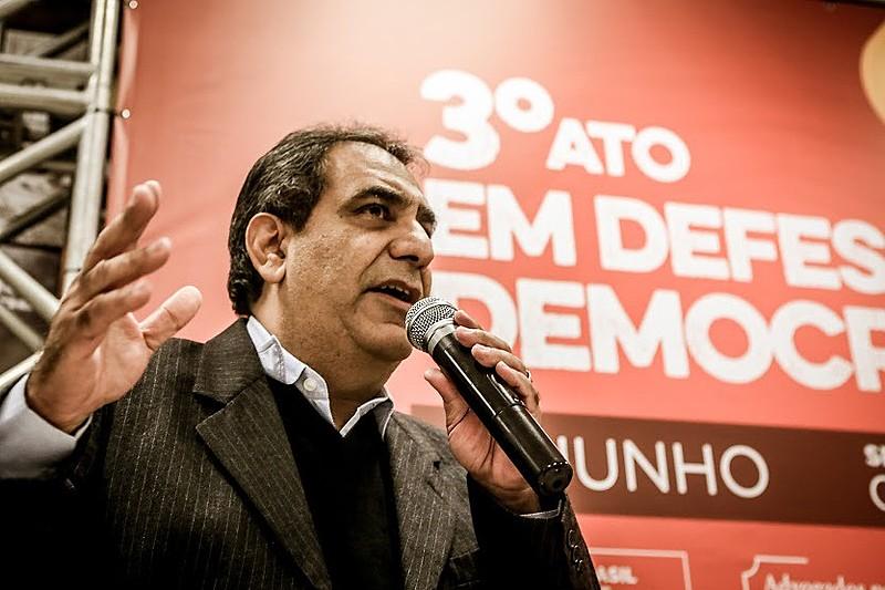 O advogado esteve em Curitiba para o terceiro da articulação Advogados pela Democracia, realizado nesta terça-feira (14)