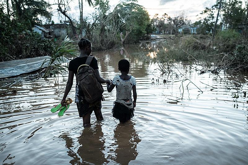 Autoridades de Moçambique alertaram para iminência de surto de cólera e malária devido à concentração de água