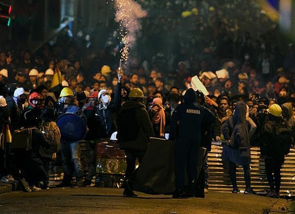Atos violentos em La Paz