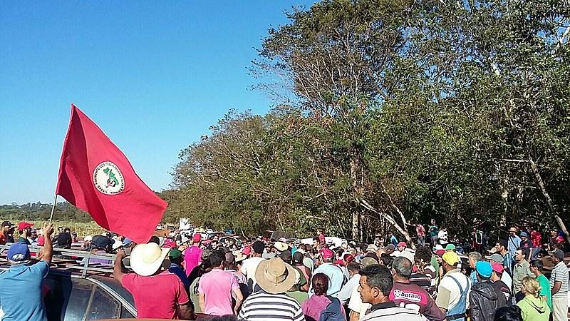 O objetivo da ação é exigir a imediata desapropriação da Usina e o assentamento das 6.500 famílias acampadas em Goiás