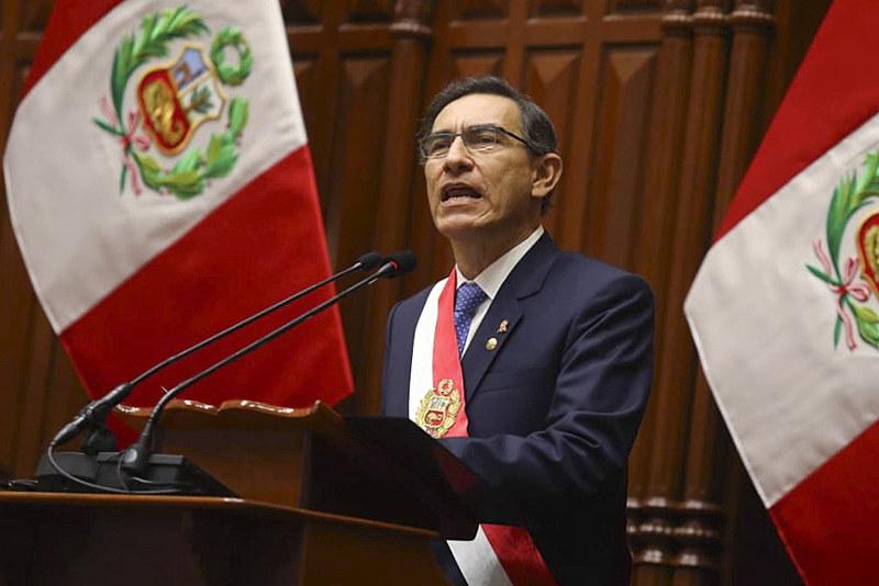 """Vizcarra criticou o Parlamento peruano por impor """"obstáculos"""" às medidas que visam combater à corrupção no país"""