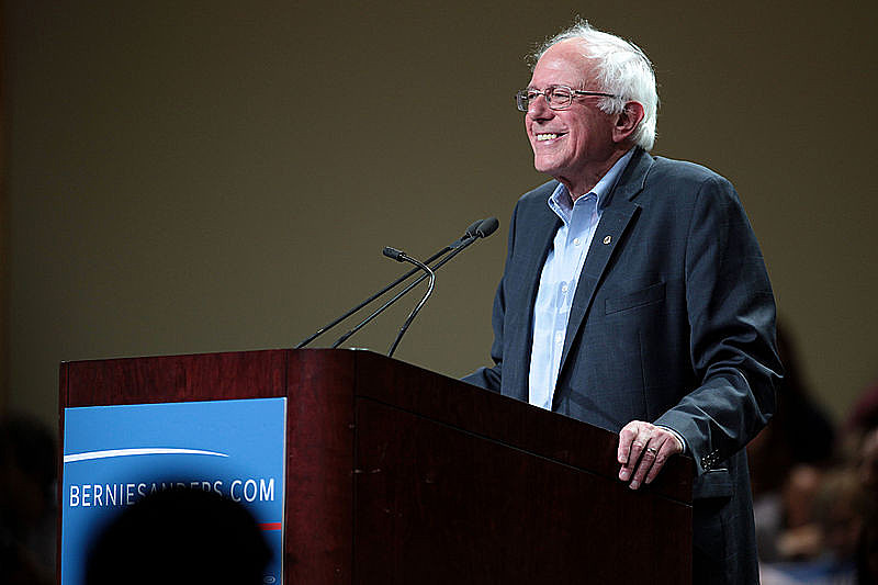 Bernie Sanders, um dos autores da carta, manifesta preocupação com ataques a defensores de direitos humanos no país e perseguição política