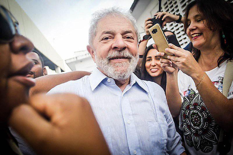 O economista estadounidense analisa a sentença do juiz Sérgio Moro a Lula e a articulação midiática internacional sobre a decisão