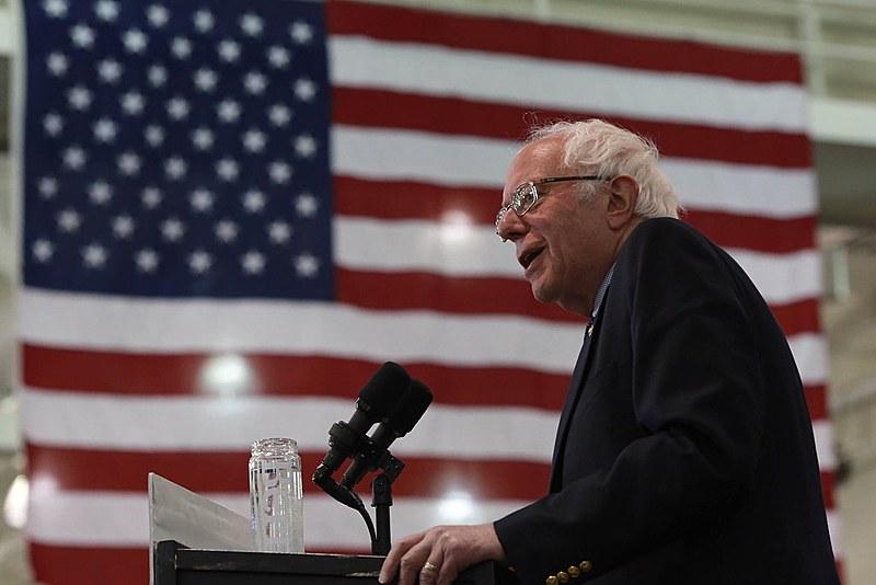 O pré-candidato democrata Bernie Sanders durante um evento de campanha em Nova Iorque