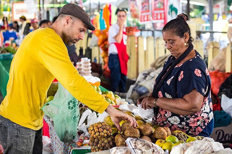 Feiras orgânicas são alternativa para unir trabalhadores do campo e da cidade