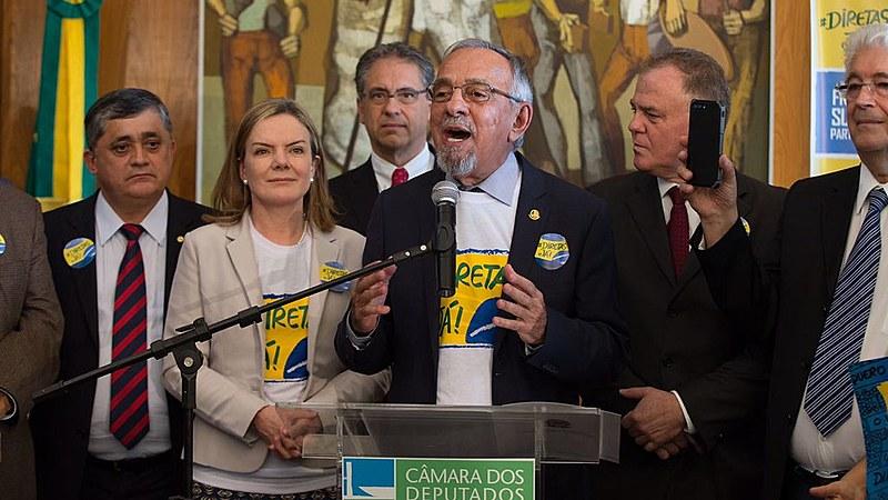 Coordenador da Frente das #DiretasJá, senador Capiberibe, pede mobilização por todo o país