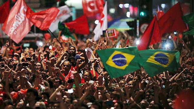 Movimentos avaliam que é urgente e necessário a implementação de um novo projeto popular para o Brasil.