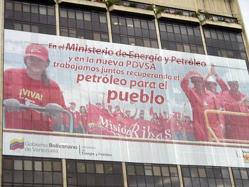 """""""Sem intervenção externa, estou seguro de que a Venezuela saberia encontrar uma solução não violenta e democrática"""", defende Boaventura"""