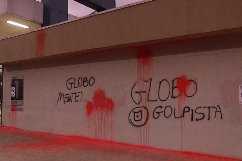 Globo convoca os colunistas de sempre para defender a liberdade de empresa utilizando mal o jornalismo
