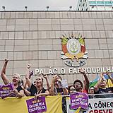 Em 2019, Servidores Públicos do RS deflagraram greve com o objetivo de chamar atenção para o desmantelamento provocado pelo governo do estado