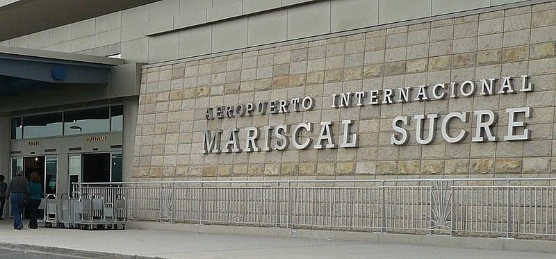 Aeroporto de Quito, onde o ativista Ola Bini foi detido quando embarcava para o Japão