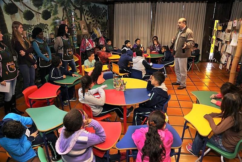 Para o professor Adrian Pablo Fanjul, a boa leitura das línguas estrangeiras traz para os alunos uma aproximação com outras culturas