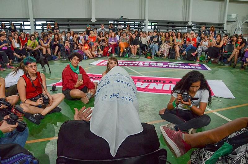 Mulheres reunidas durante o Ella 2018, na Argentina