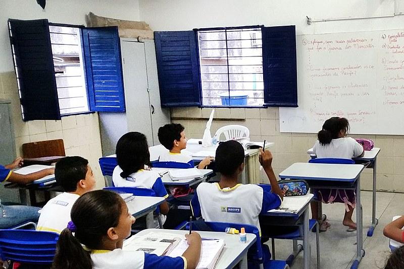 """""""Falar em Escola Sem Partido tem servido para encobrir propósitos autoritários incompatíveis com a nossa Constituição"""", disse Dino."""