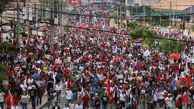 Protesto aconteceu de forma pacífica na capital Tegucigalpa