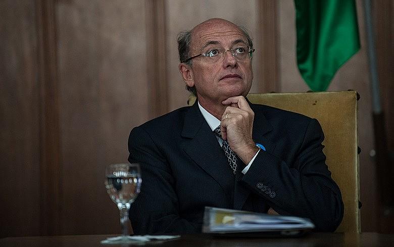 Guido Cerri manteria ligações com organizações sociais enquanto era secretário da Saúde do estado, segundo a Revista Adusp