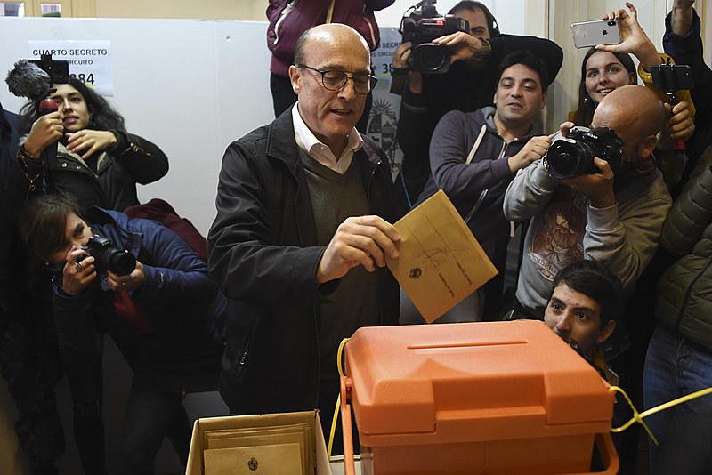 O ex-prefeito de Montevidéu, Daniel Martínez, será o representante do governista Frente Ampla, de esquerda
