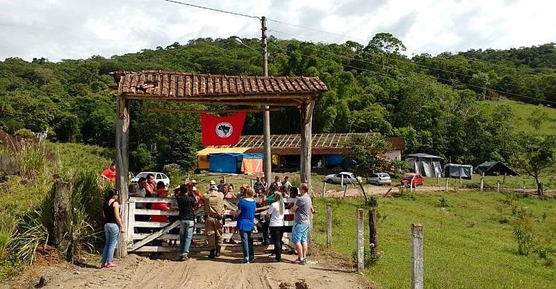 Ocupação do MST em Garuva, no norte de Santa Catarina