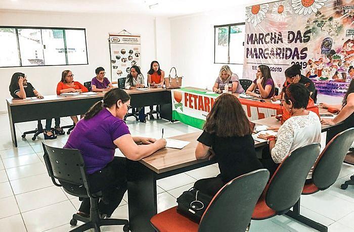 Mulheres sindicalistas se reuniram na Fetarn
