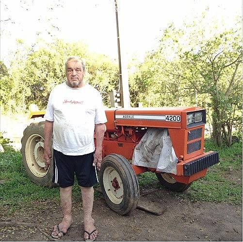 Zecão foi contaminado aos 18 anos, após manusear um balde de 20 litros de agrotóxico na empresa que trabalhava
