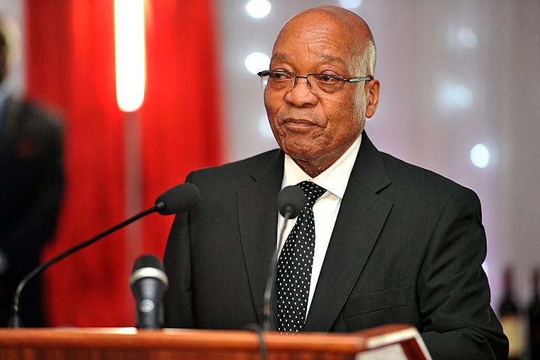 Após dizer que não o faria, Zuma renunciou ao cargo