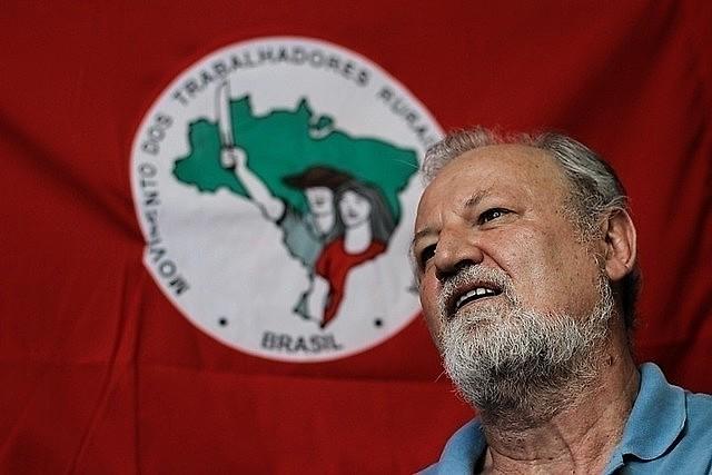 """""""Espero que el pueblo de Bolivia se levante y de fin a esas prácticas terroristas financiadas por los Estados Unidos"""", dice Stedile"""