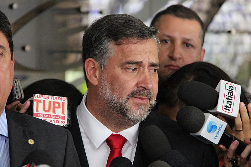 Deputado Paulo Pimenta (PT-RS) durante coletiva sobre o ajuizamento da petição junto à OEA
