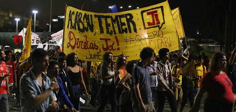 Protesto contra o governo Temer em Brasília na quarta (17)