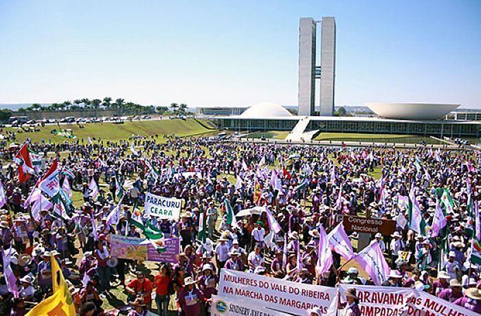 Nesta 6ª edição, a expectativa é de 100 mil mulheres no ato em Brasília, sendo que do Ceará serão duas mil.
