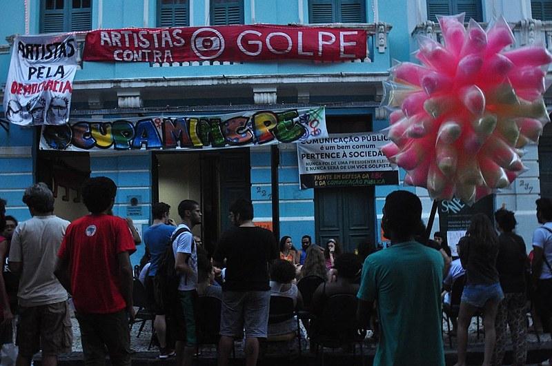 Manifestantes dizem que ocupação da sede regional do Ministério da Cultura no Recife não tem prazo para terminar