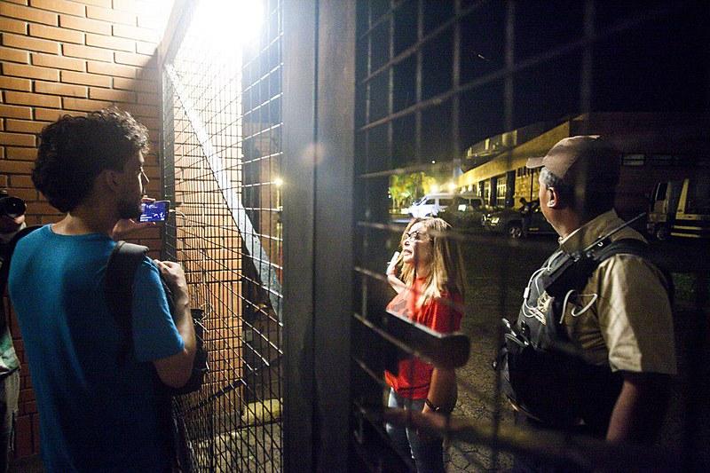 Dos 26 jovens presos, 16 ainda continuam no 3ª Departamento de Polícia de Porto Alegre.