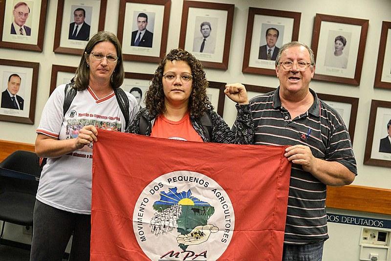 Leila Denise, Josi Costa e Sergio Görgen deram início à greve de fome logo após uma audiência pública que discutia os impactos da reforma