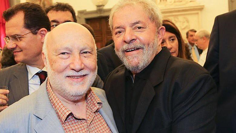 O ex-presidente Lula recebe nesta quinta-feira (25) na sede da PF em Curitiba (PR) a visita do filósofo italiano Domenico De Masi