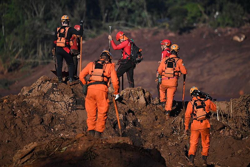 Equipes de resgate entram no quarto dia de trabalhos na região de Brumadinho (MG)