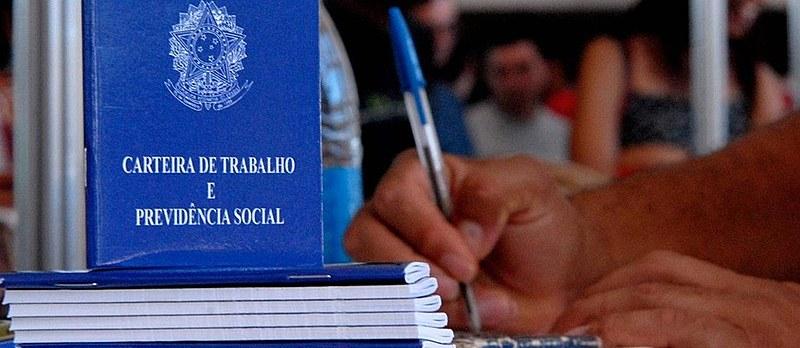 Ainda austero, novo texto da reforma mantém proposta de 40 anos de contribuição para requerer aposentadoria integral