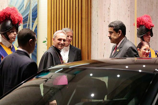 Presidente Nicolás Maduro foi recebido pelo Papa Francisco no Vaticano