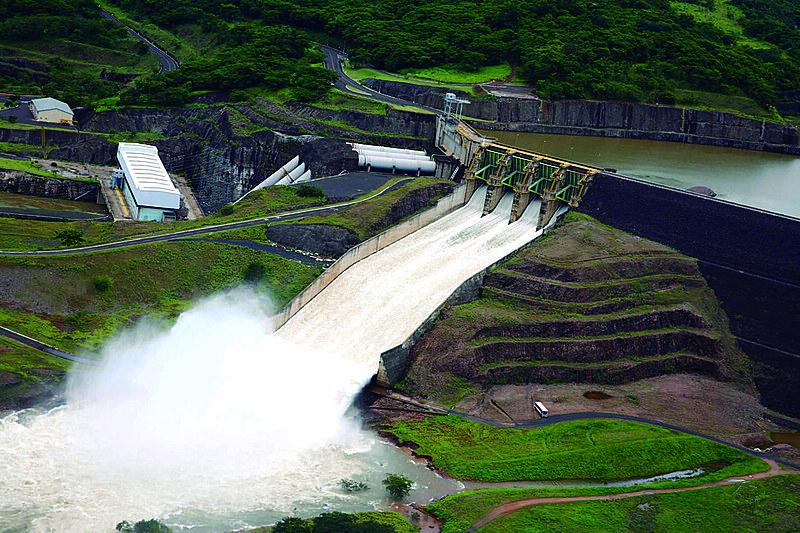 Temer tenta privatizar 4 usinas em Minas Gerais