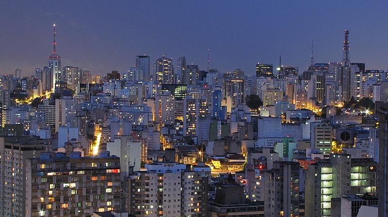 Na cidade de São Paulo, o déficit habitacional é de 358 mil novas moradias; pelo menos 1.300 imóveis ociosos já foram notificados.