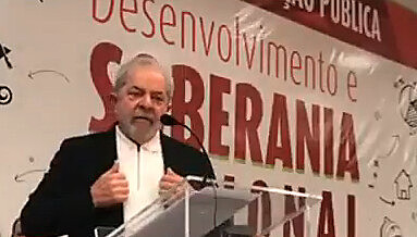 Ex-presidente participou de atividade promovida pelo PT em Brasília
