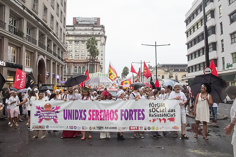 Caminhada uniu abertura do Fórum com a XII Marcha Estadual pela Vida e Liberdade Religiosa