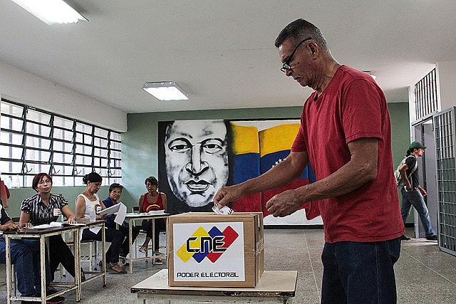 Votação para assembleia constituinte ocorreu no último domingo (30) em meio à convocatória da oposição por boicote
