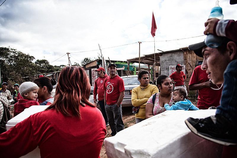 A Ocupação Tiradentes está localizada na Cidade Industrial de Curitiba (CIC), região sudoeste da capital.